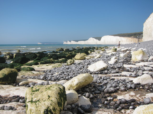 Exposed beach at Birling Gap