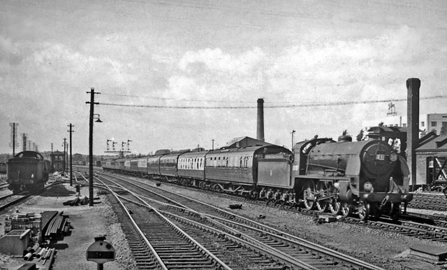 Bournemouth - Waterloo express entering Basingstoke