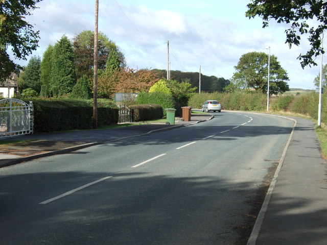Robin Lane towards South Hiendley