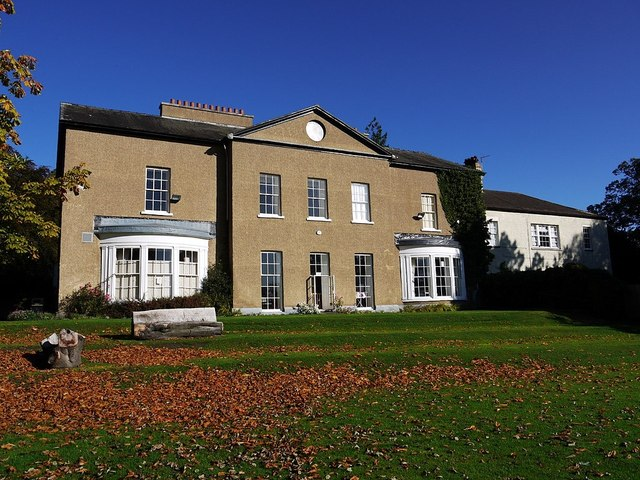 Ceddesfield Hall