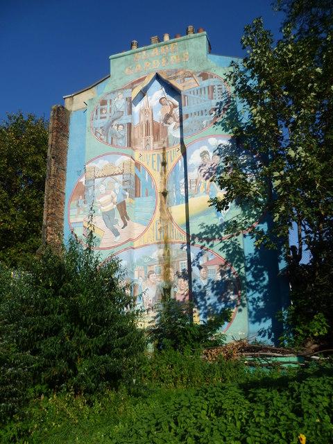 Mural in Lorn Road