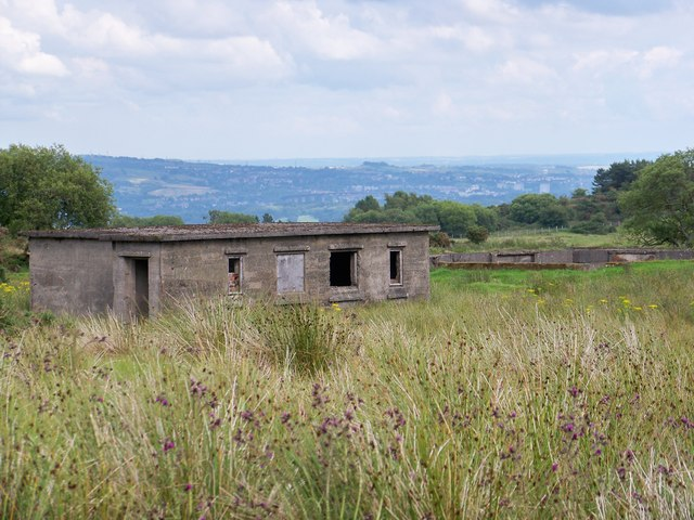 Bogside Heavy Anti-Aircraft Battery - Maintenance & Store Building And Gun Emplacement
