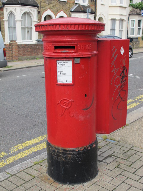 Victorian postbox, College Road / Ashburnham Road, NW10