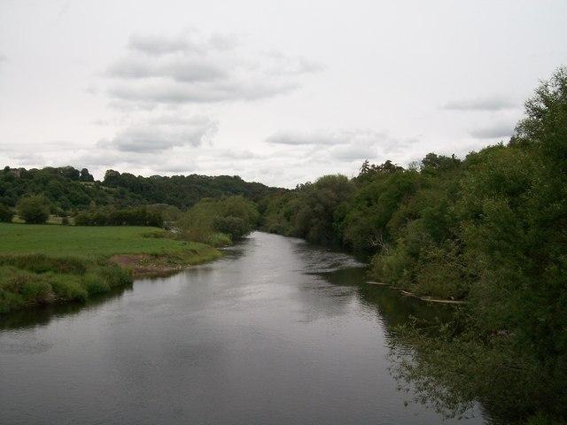 The Boyne downstream of the Bru na Boinne bridge