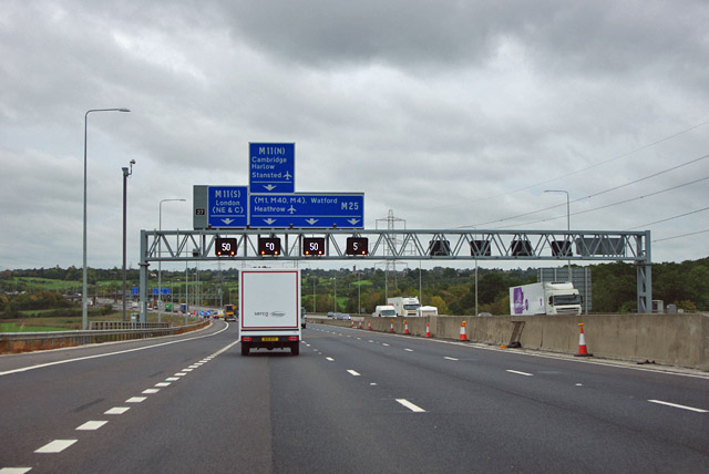 M25 - gantry for junction 27