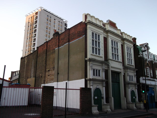 New and Old, Landor Road