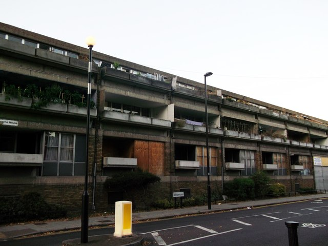 Housing on Sidney Road