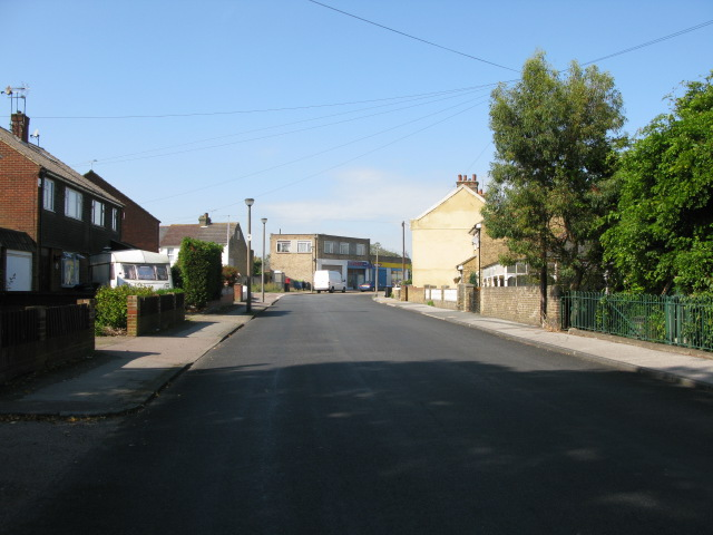 View along West Dumpton Lane