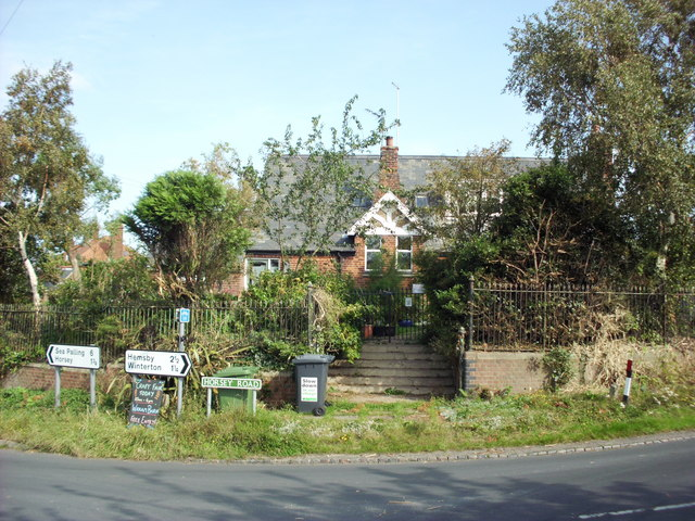 Former village school, Somerton