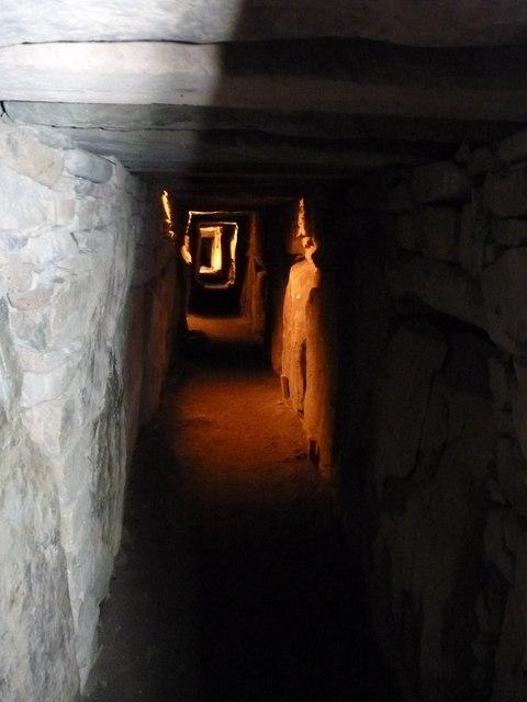 Knowth passage