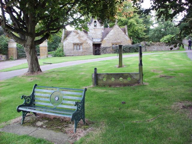 Village Green, Eydon