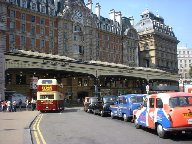victoria station london richard dunn geograph britain. Black Bedroom Furniture Sets. Home Design Ideas