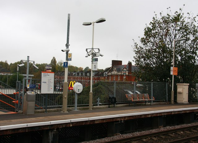 Harringay Green Lanes Station