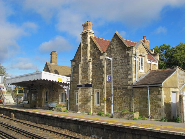 Frant station buildings (down side) (3)