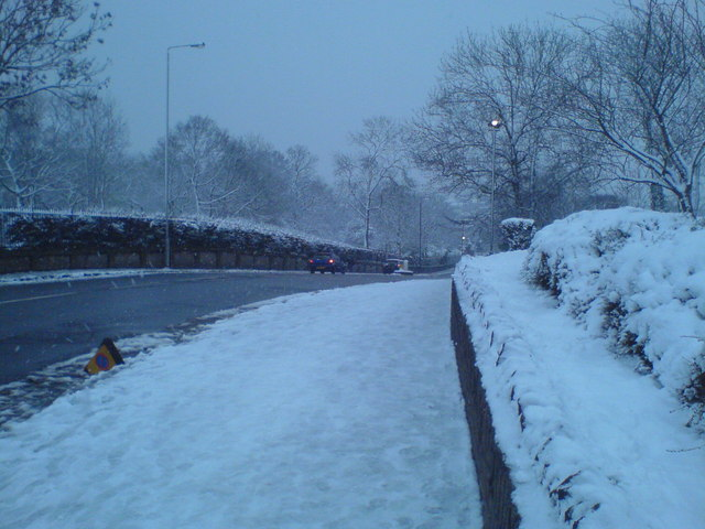 Old Church Road Chingford in the snow