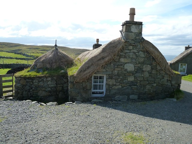 Gearrannan - Double blackhouse
