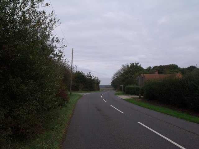 Road junction on Baumber road, near Horsington