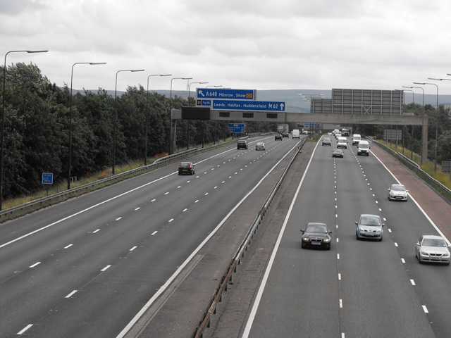 M62, looking east towards junction 21