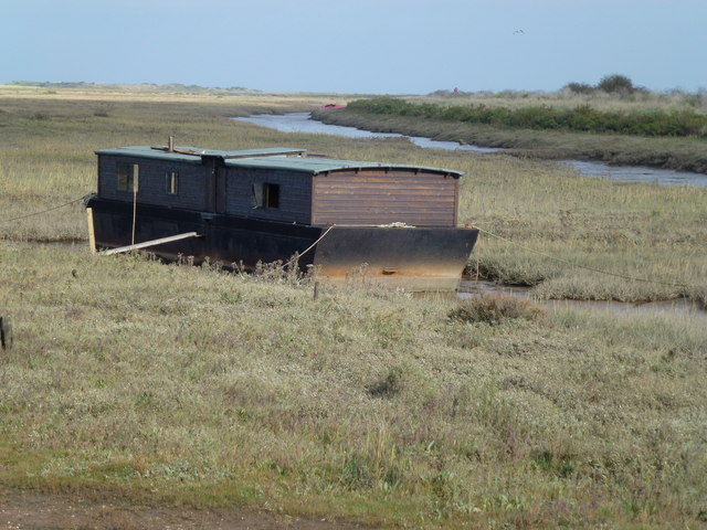House boat on the salt marsh