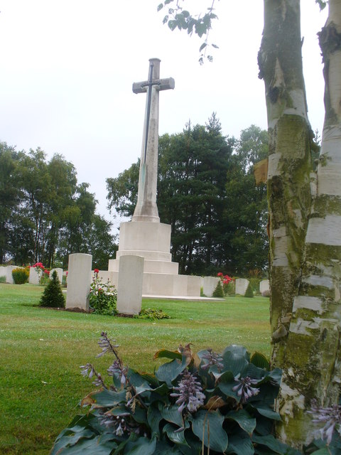 Cross, Cannock Chase War Cemetery