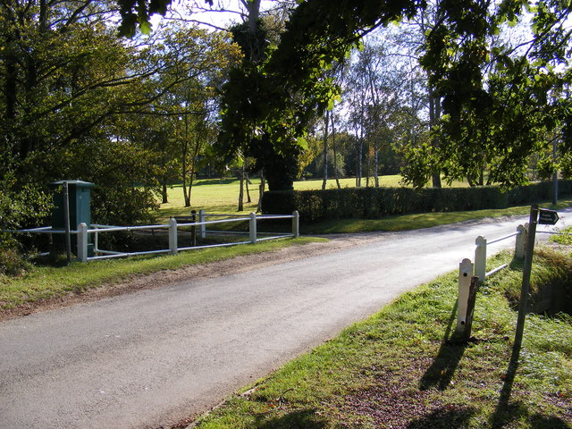 Barell's Hill, Huntingfield & the entrance to Holland House