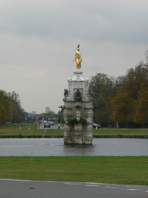 The Diana Fountain, Bushy Park
