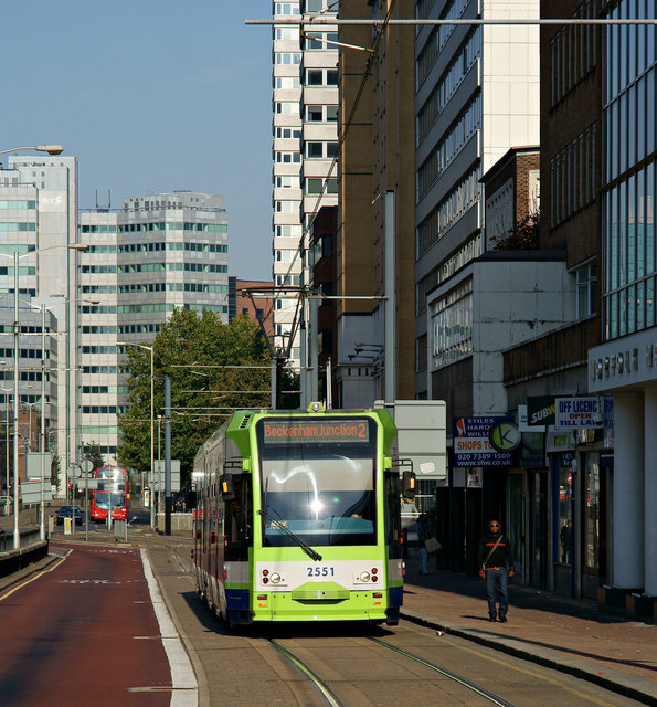 Tram in Wellesley Road, Croydon