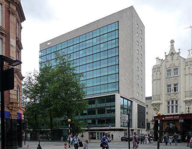 Met Building Percy Street 169 Stephen Richards Cc By Sa 2 0