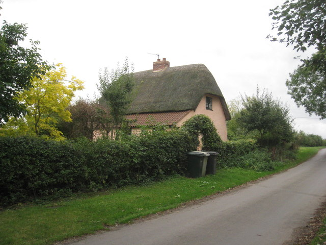 Thatched cottage at Sotby