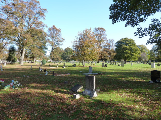 An autumnal Kingston Cemetery (61)