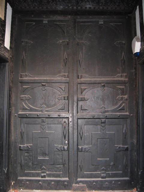 Huge door, Nat West Bank, Whitchurch