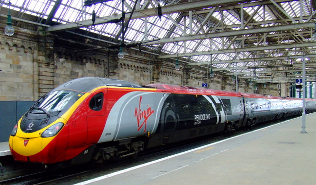 Virgin Pendolino 169 Thomas Nugent Cc By Sa 2 0 Geograph