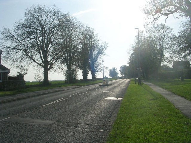 Low Street - viewed from The Fairway