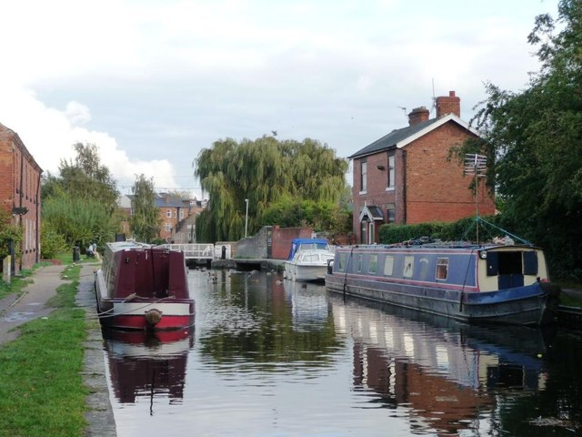 Boats moored above Retford Town Lock