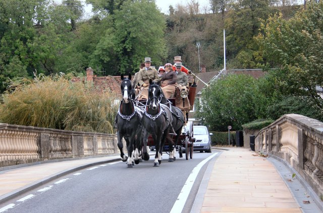 Coach & Horses on Shillingford Bridge