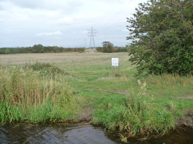 Power lines crossing the Chesterfield Canal