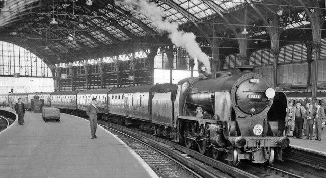 Brighton Station With Schools 30925 169 Ben Brooksbank