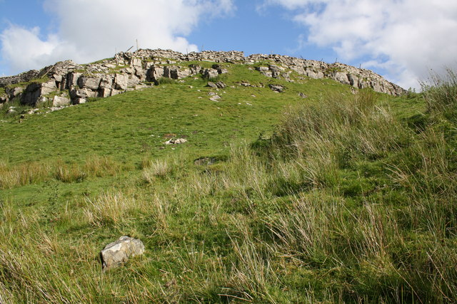 Green Scar from footpath to Marsett.