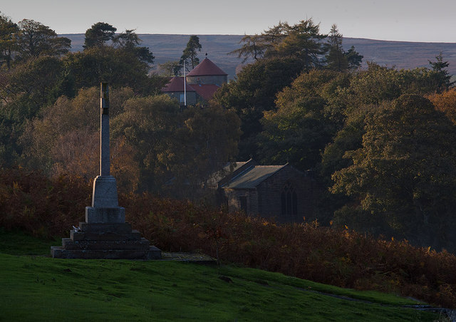 War memorial and autumn colours