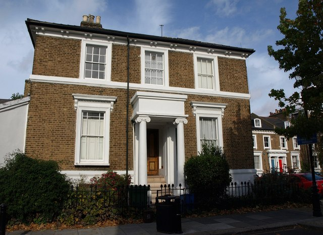 Listed house, Sutherland Square, SE17