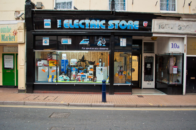 The Electronic Store No 10 High Roger A Smith