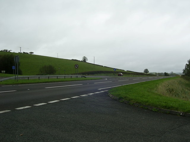 A40 dual carriageway heading for Carmarthen