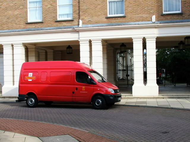 Royal Mail Van in Balniel Gate, Pimlico
