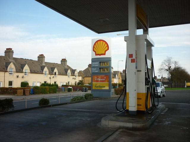 The shell garage on admiralty road ian s cc by sa 2 0 geograph britain and ireland - Find nearest shell garage ...