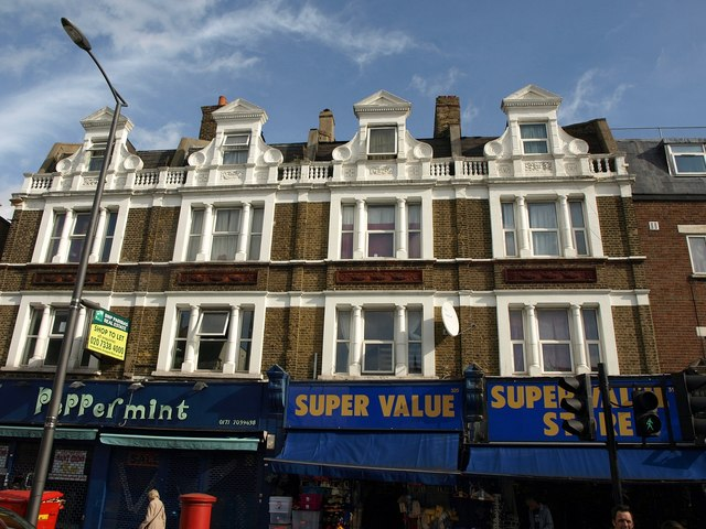 Shops and facades on Walworth Road