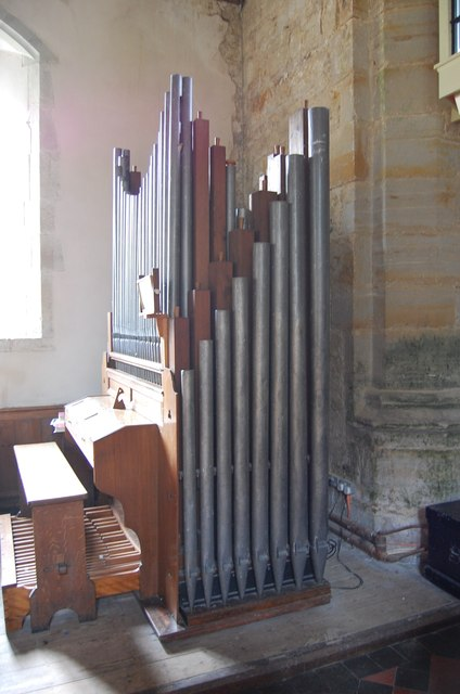 Organ in Ripe Church