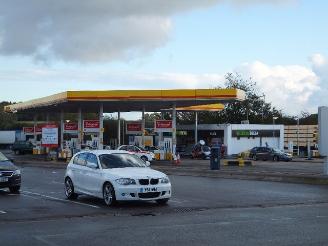 Filling station at Keele Services (northbound)