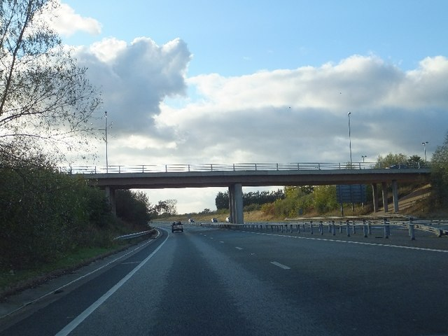 B5071 bridge over A500
