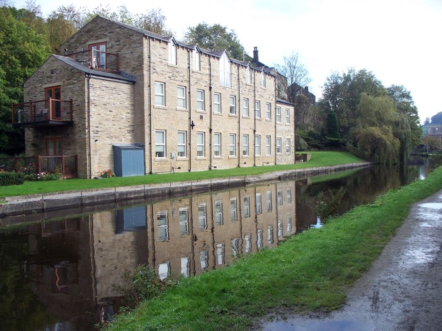Red Acre Mill on The Rochdale Canal
