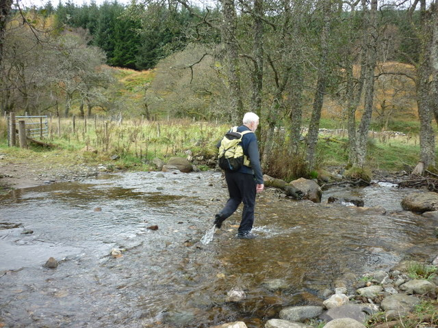 Walking to Loch Earn via Glen Ample